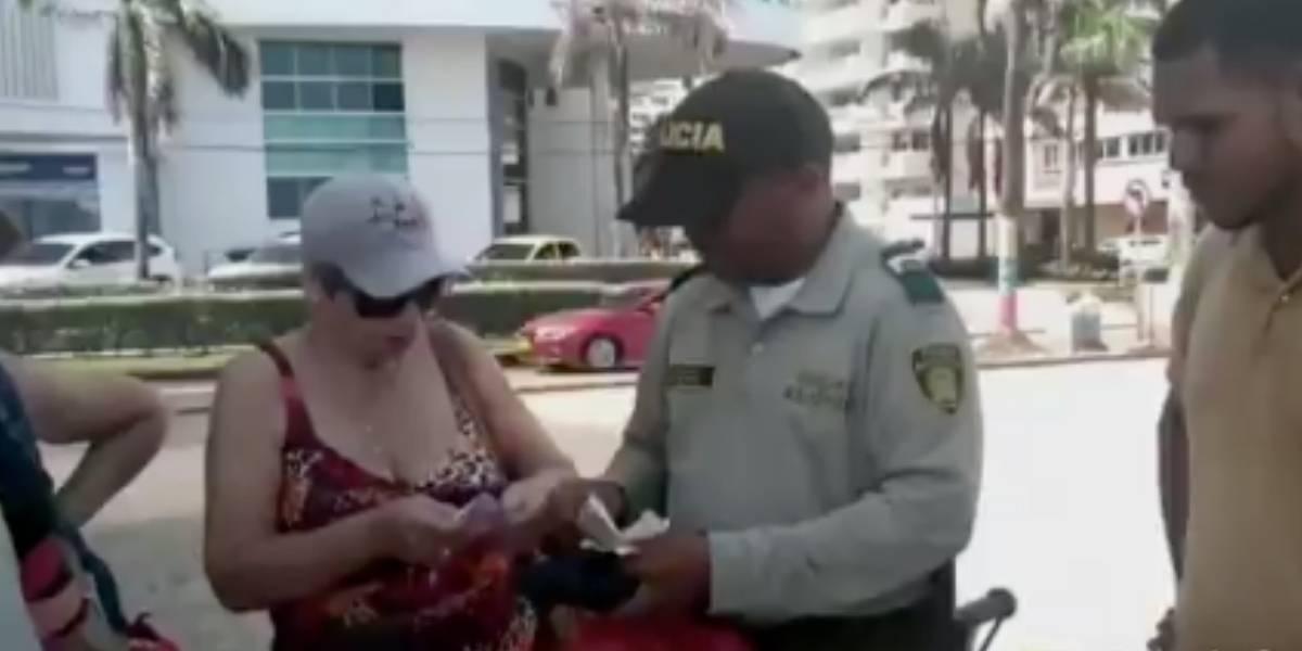 """¡Por dárselas de vivo! Multan a vendedor que quiso """"tumbar"""" a turista en Cartagena"""