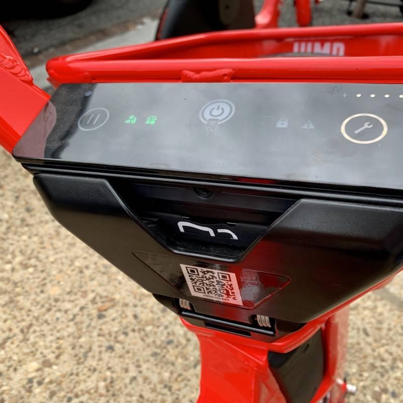App de transporte también suma servicio de scooters — Suman y siguen