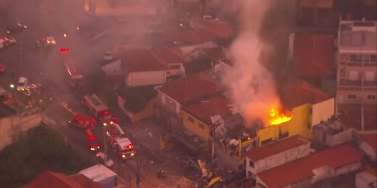 Homem tem metade do corpo queimado após explosão em mercado na zona sul