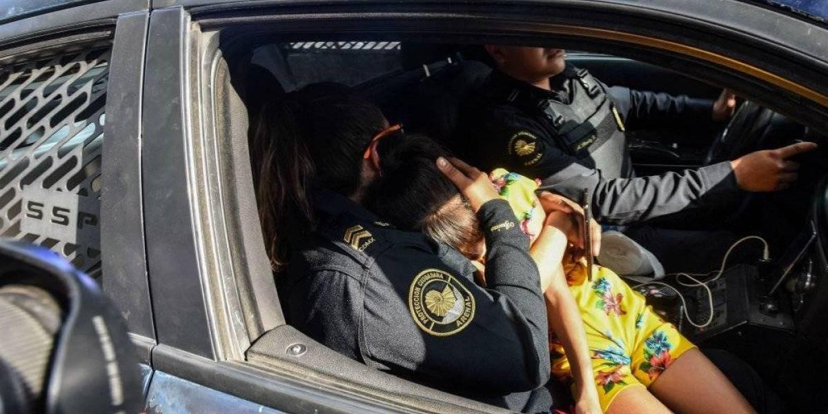 Olvidan a niña de 8 años en gasolinera cercana al Aeropuerto