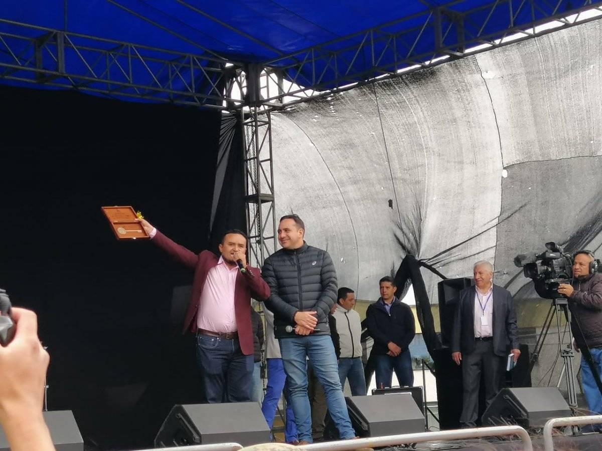 Homenaje a Mario Sabato Metro Ecuador