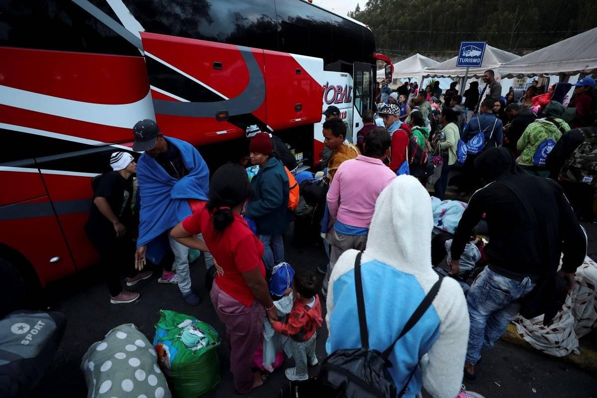 Aumenta el flujo de venezolanos en puente de Rumichaca ante pedido de visado en Perú EFE,
