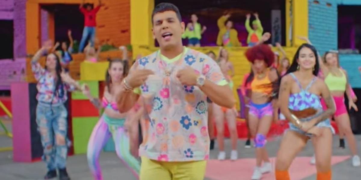 """Tito """"El Bambino"""" regresa a las raíces del reggaeton con """"Pega Pega"""""""