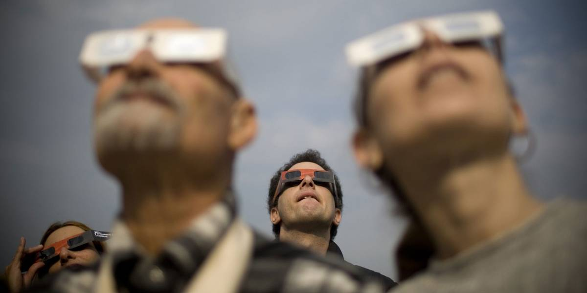 Eclipse Solar en Chile: ¿Dónde y a qué precio puedo adquirir los lentes autorizados?