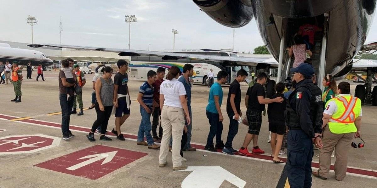México deporta a 105 migrantes hondureños
