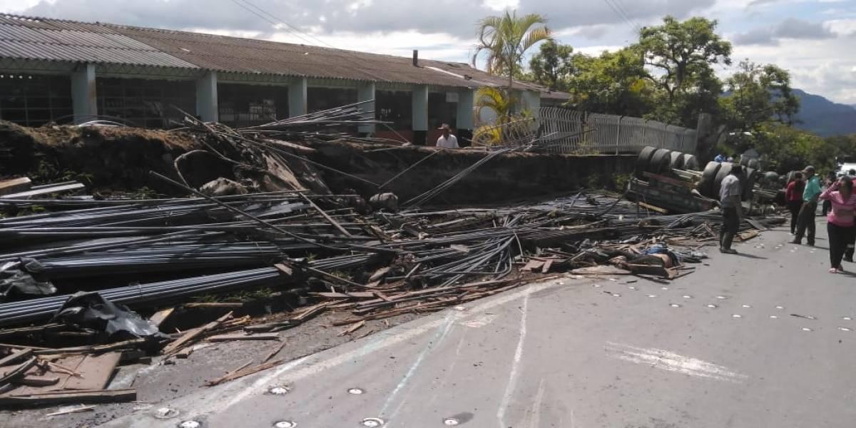 Fuerte accidente dejó cuatro víctimas fatales en Boyacá
