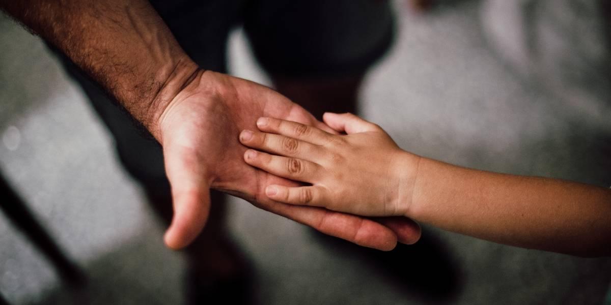¿Cuál es el trámite para solicitar una prueba de ADN por paternidad?