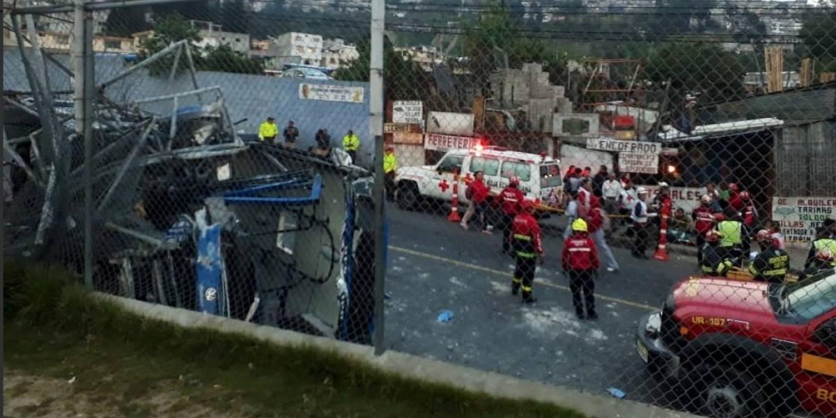 Quito: 16 heridos tras accidente de tránsito en El Condado