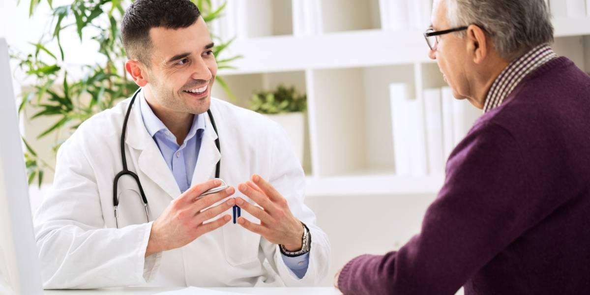 Estudios clínicos que se debe hacer papá si pasa de los 40 años