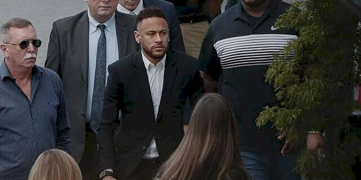 """Neymar jura por su inocencia y dispara contra su supuesta víctima: """"Ella pidió que la azotaran"""""""