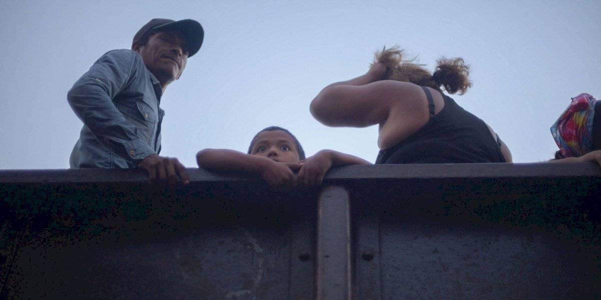 'Los hacemos mexicanos si se necesita', AMLO a niños migrantes
