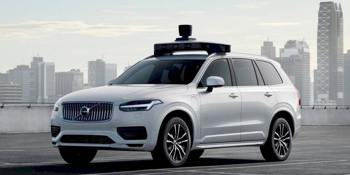 Volvo Cars se une con Uber para crear un XC90 autónomo
