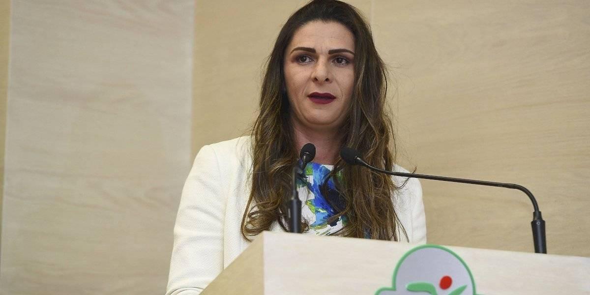 Ana Guevara se recupera satisfactoriamente tras operación