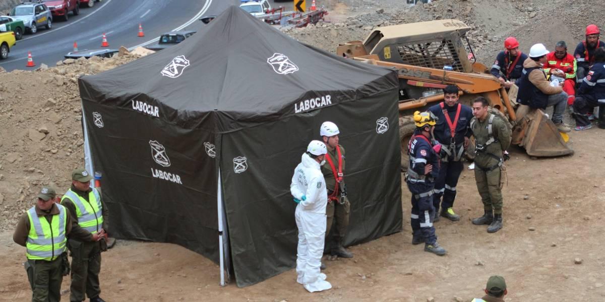 """Gobierno promete buscar """"férreamente"""" a minero desaparecido en Tocopilla: su hijo es el joven que falleció"""