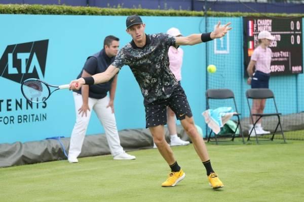 Debut y despedida: un irregular Garin se despidió del ATP de Queen's tras perder con Cilic