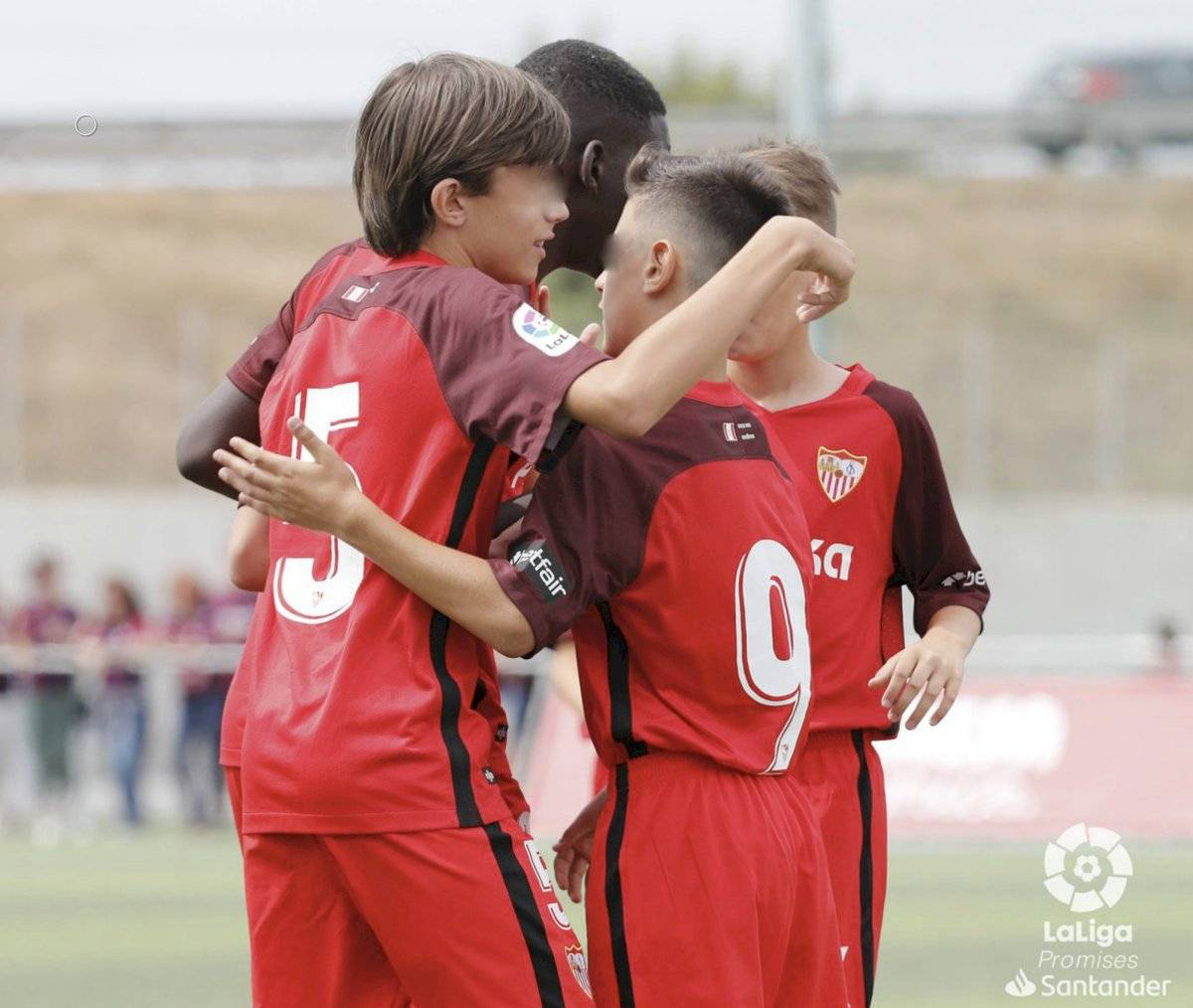 Twitter @CanteraSFC