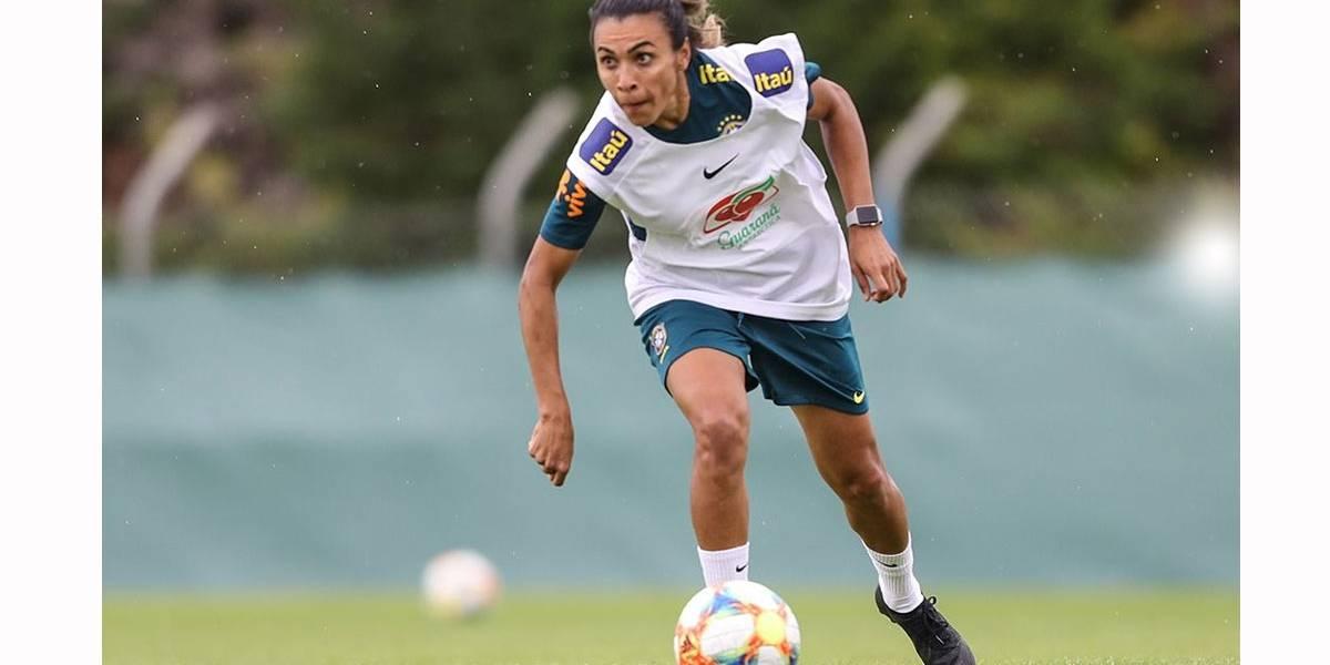 Recuperada, Marta deve enfrentar Itália e mostra fome de bola no Mundial