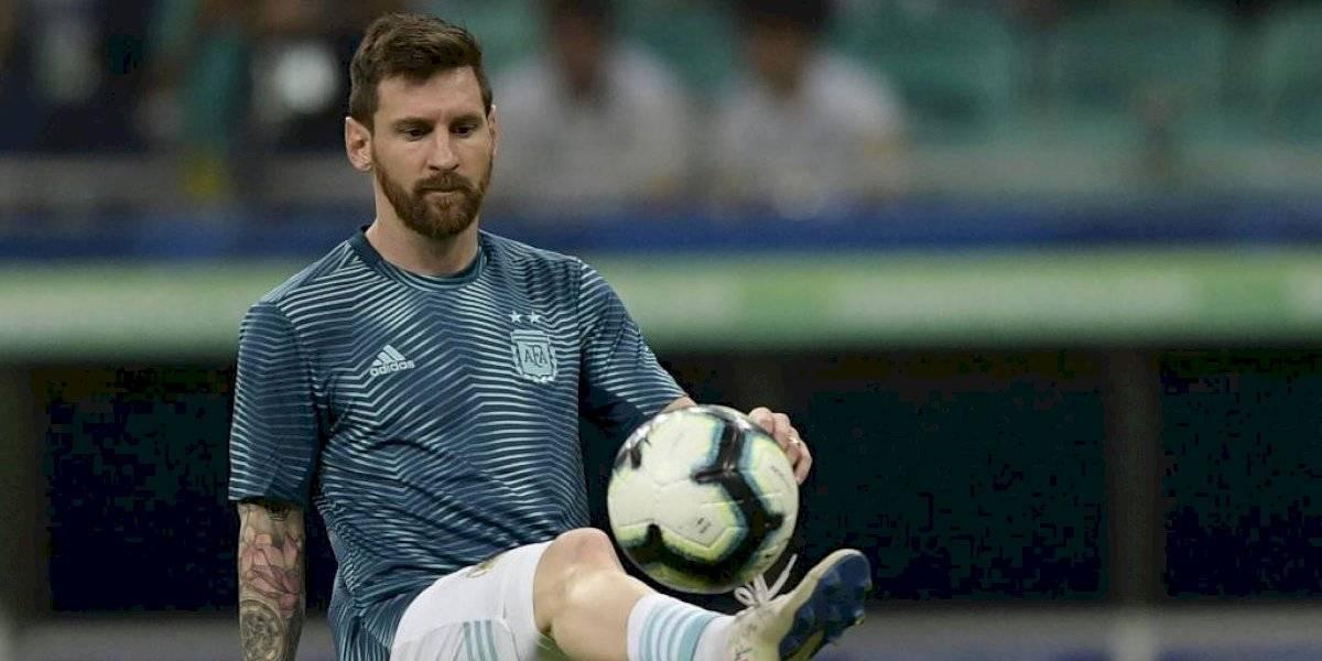 Leo Messi cumple 32 años y el mundo del fútbol lo felicita