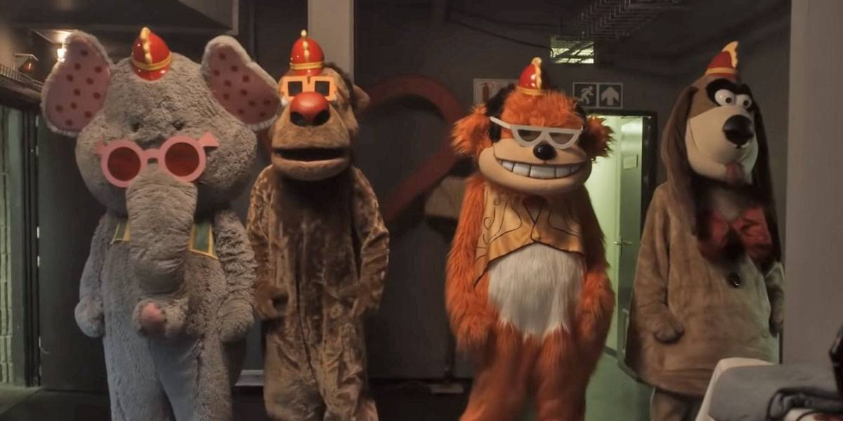 The Banana Splits muestran su tráiler y es como Five Nights at Freddy's
