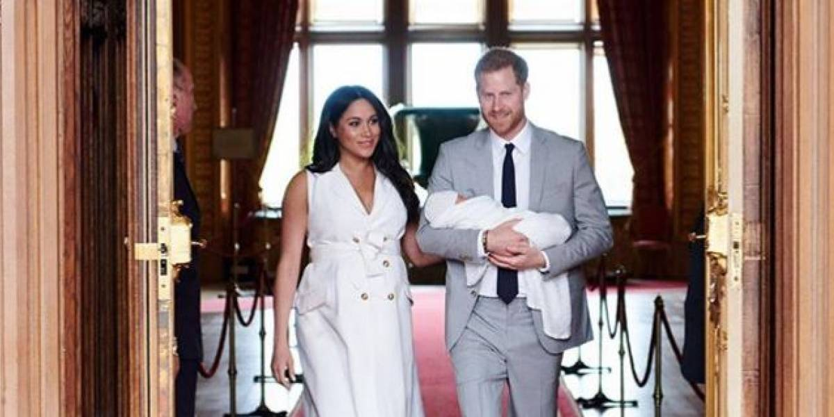 Meghan y Harry revelan foto del rostro de su hijo Archie