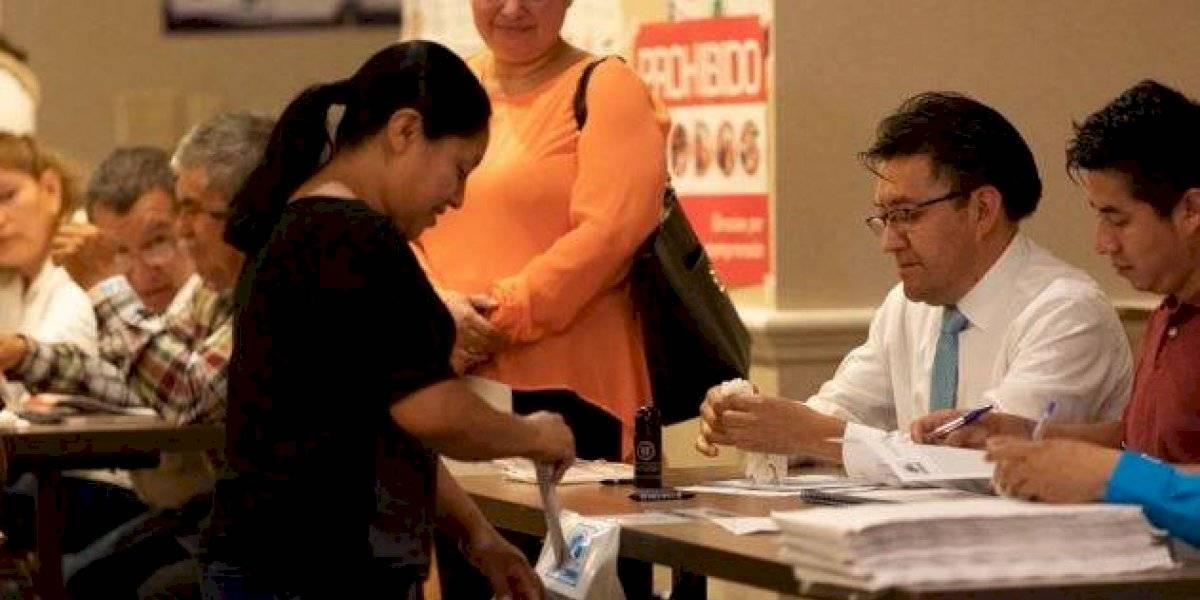 Por primera vez, guatemaltecos en el extranjero también votan para elegir autoridades