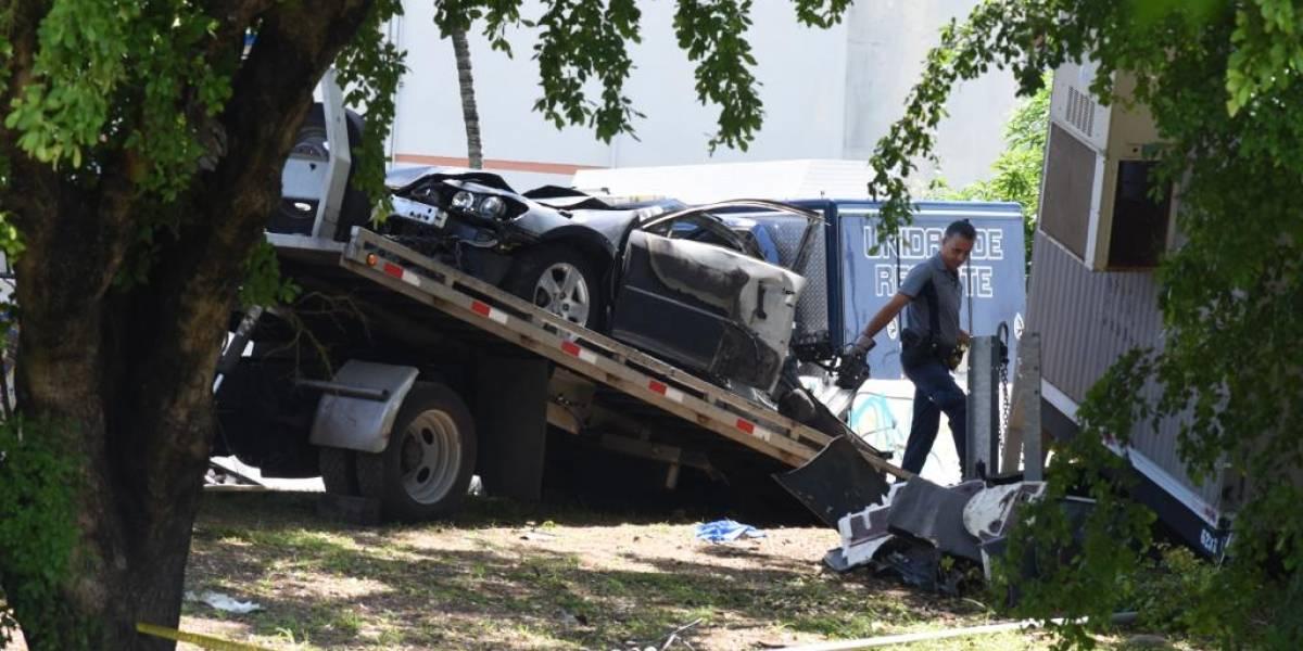 Tres jóvenes mueren en trágico accidente con auto quemado