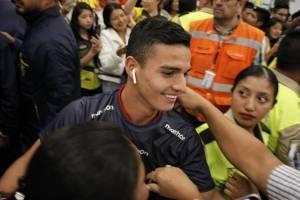 Así reciben en Ecuador a los terceros del mundo ¡Bravo Mini-Tri!