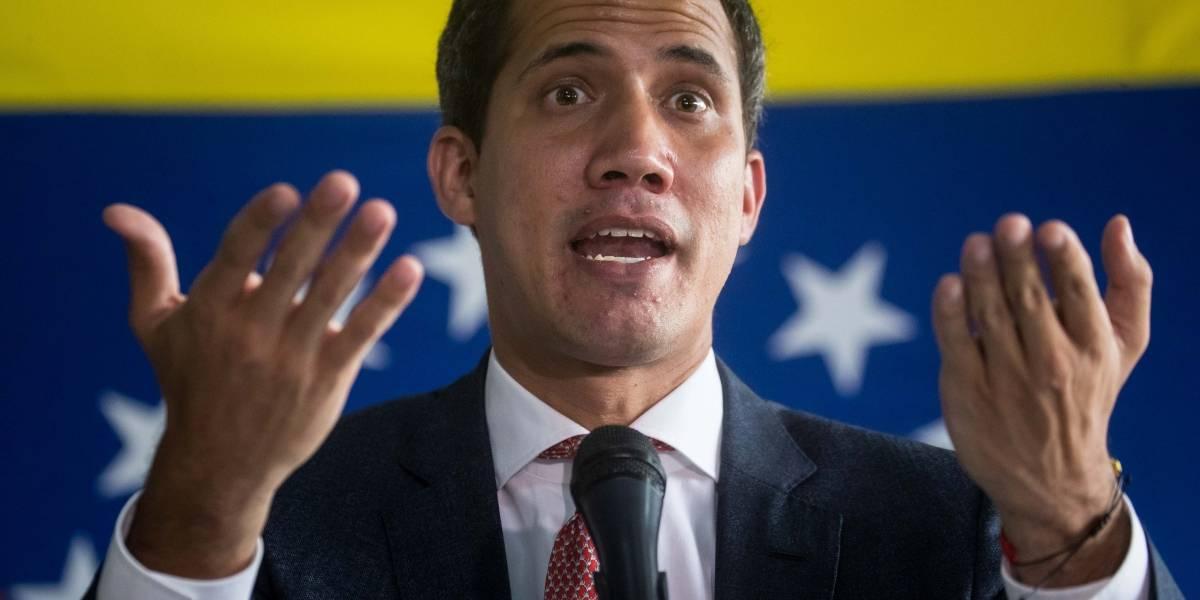 Juan Guiadó, en líos por la ayuda humanitaria