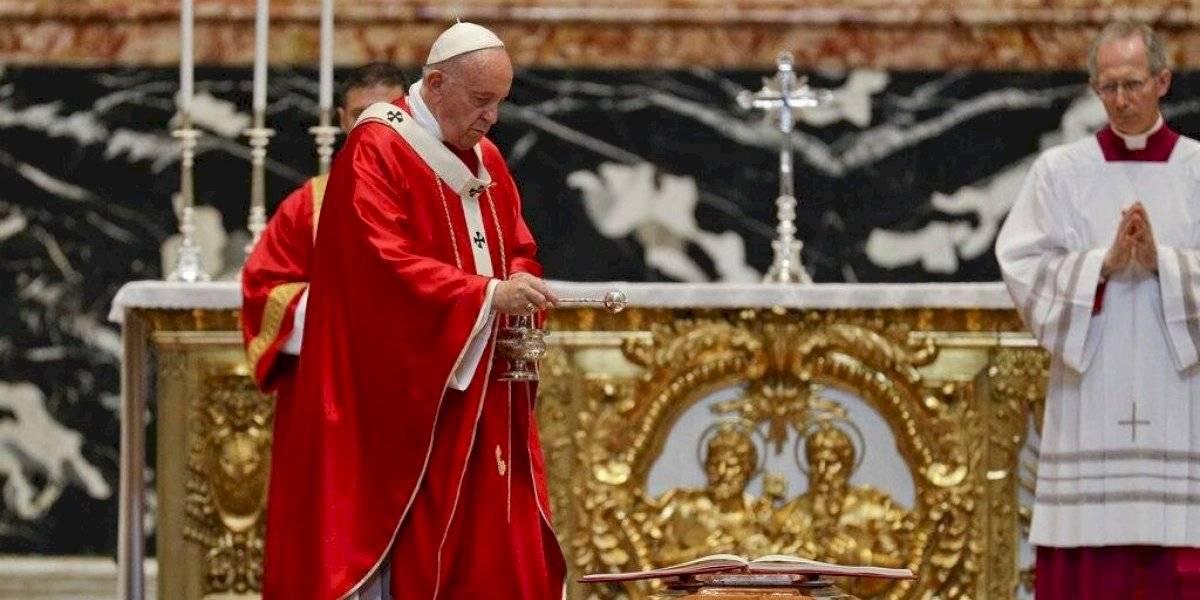 ¿Un cambio histórico? Vaticano abre el debate sobre sacerdotes casados