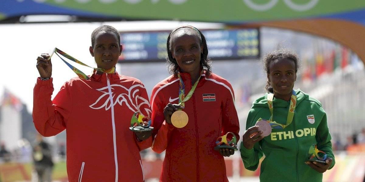Suspenden cuatro años a maratonista y medallista olímpica por dopaje