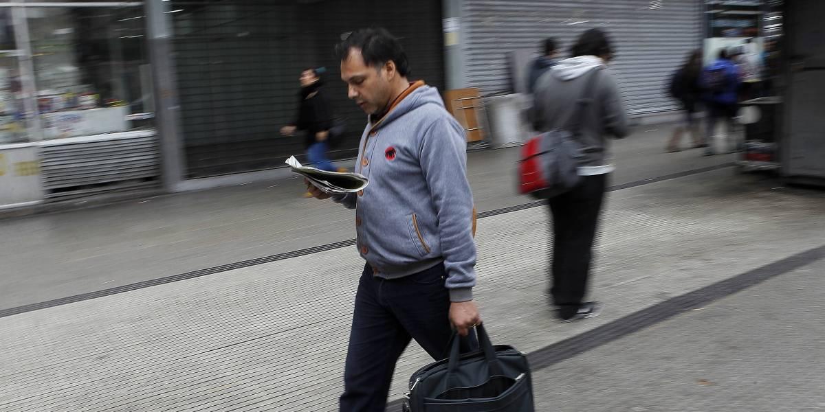 Lo que ya todos sabíamos: santiaguinos lideran impuntualidad en el trabajo en Chile