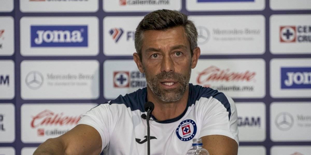 'Queremos competir y ganarlo todo': Pedro Caixinha, DT de Cruz Azul