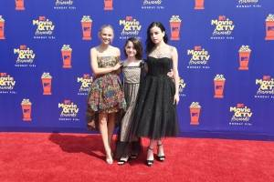 Madison Iseman, Mckenna Grace y Katie Sarife