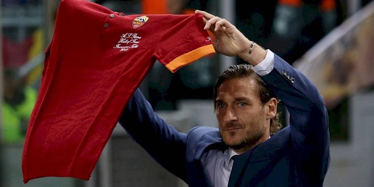 Totti se despide de la Roma y arremete contra los dueños del club