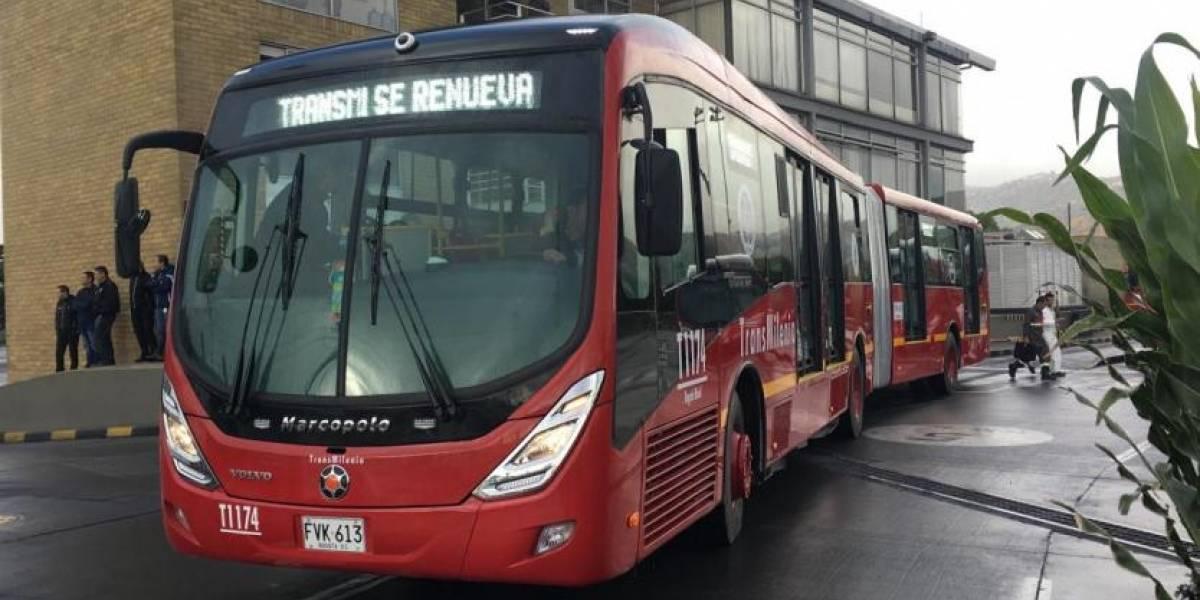 FAIL: Uno de los nuevos buses de Transmilenio que llegaron a Bogotá se varó en su primer día