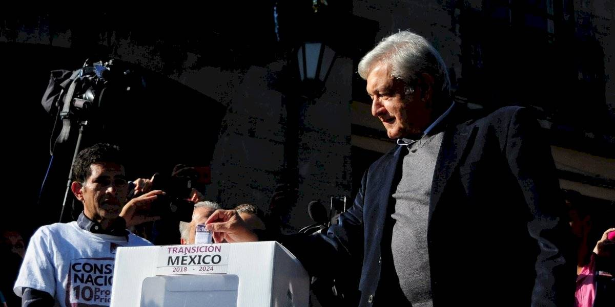 Propone AMLO adelantar consulta para revocación de mandato