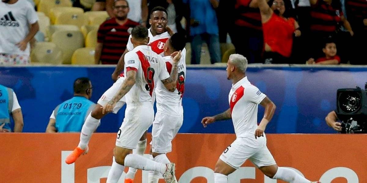 Perú lo dio vuelta ante Bolivia y queda a un paso de los cuartos de la Copa América