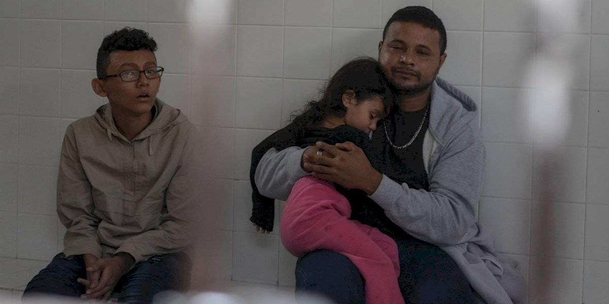 Aseguran a 228 migrantes que viajaban en tráiler en Chiapas