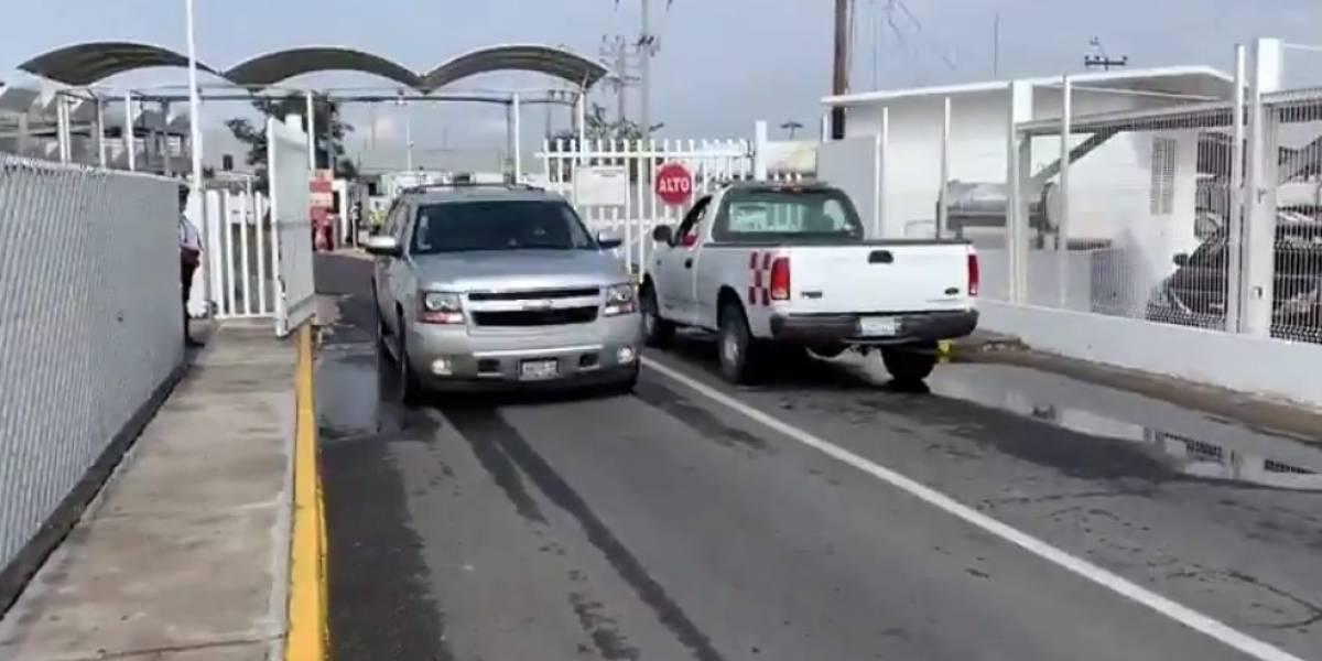 Oribe Peralta llega a Guadalajara con fuerte dispositivo de seguridad