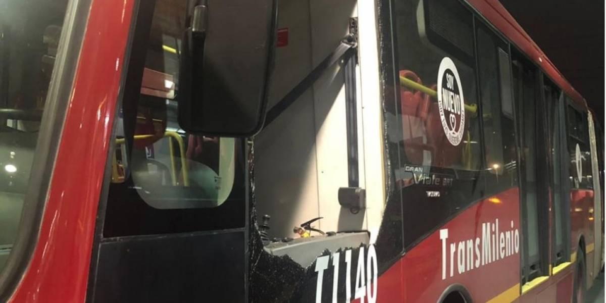 Cuánto costará arreglar los buses nuevos de TransMilenio dañados por vándalos