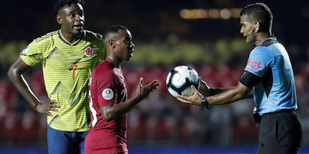 Lluvia de críticas contra el árbitro de Colombia VS Catar por polémica acción de supuesto penal