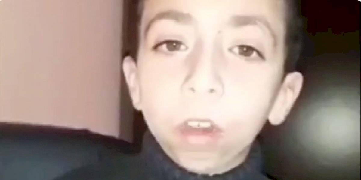 Niño pide ayuda para recuperar celular  que tiene fotos de madre fallecida