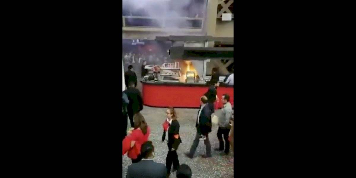 Se registra flamazo en local de comida en el Auditorio Nacional
