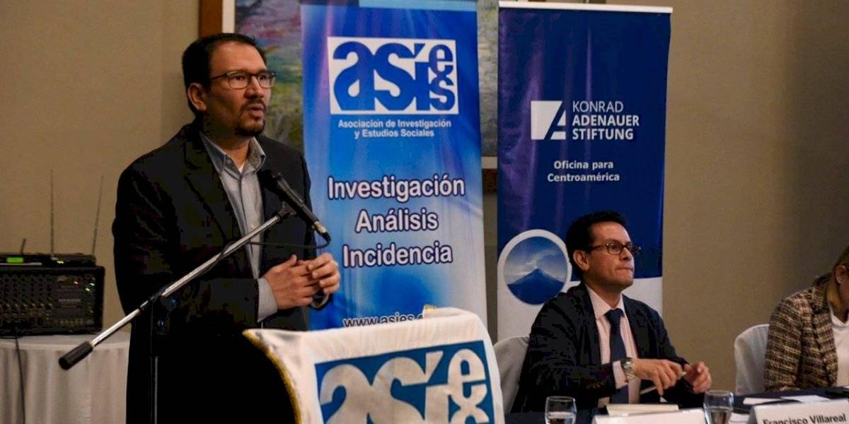 Presentan plan piloto para promover uso productivo de remesas en Sacatepéquez