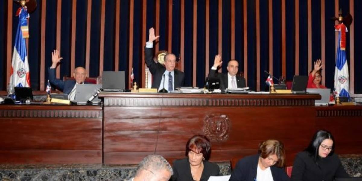Senado aprueba proyecto ley que disuelve el IDSS y crea el IDOPPRIL