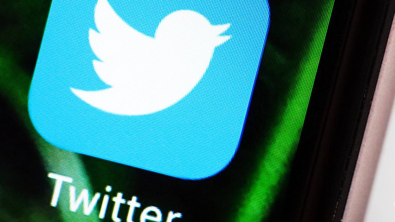 Contraloría impide a instituciones públicas a bloquear usuarios en Twitter