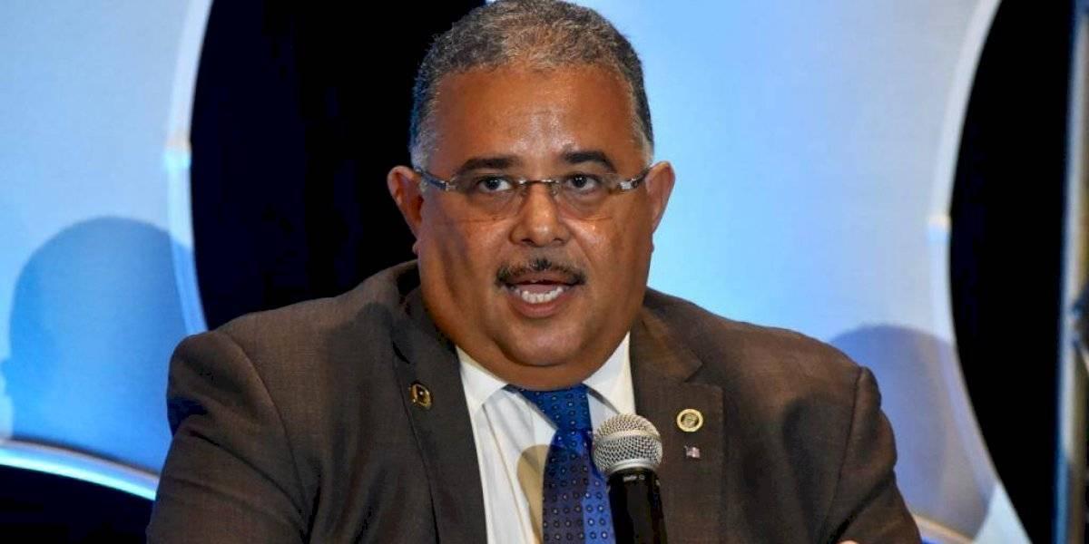 Secretario de Salud dice seguirá en el cargo por 4 años más