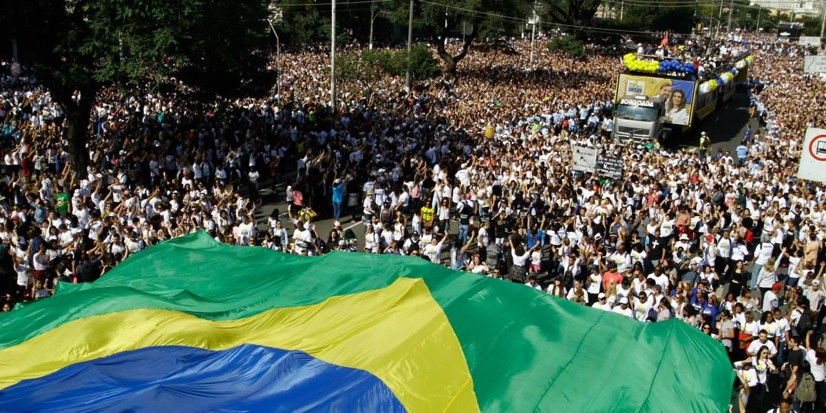 Marcha para Jesus reúne milhares de fieis neste feriado em São Paulo
