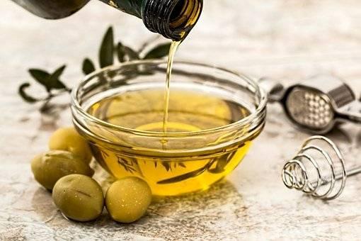 Toma aceite de oliva virgen con limón y olvídate de la grasa abdominal