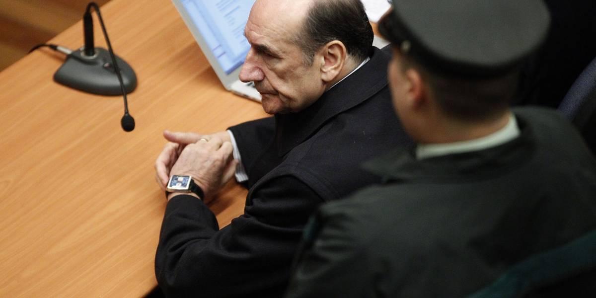 Ex comandante Fuente-Alba queda con arraigo nacional tras formalización por lavado de activos